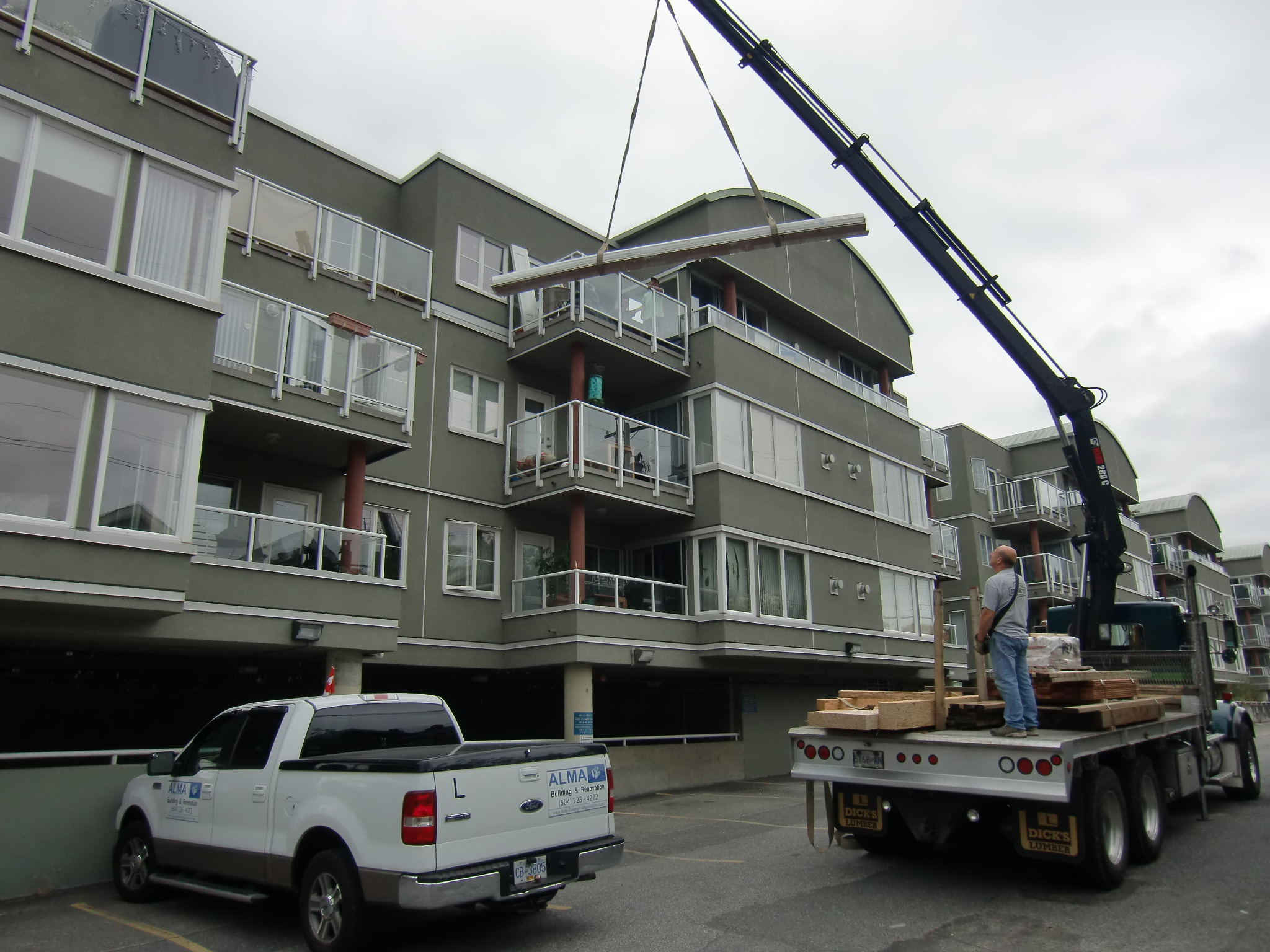 Construction Renovation condos reno Vancouver