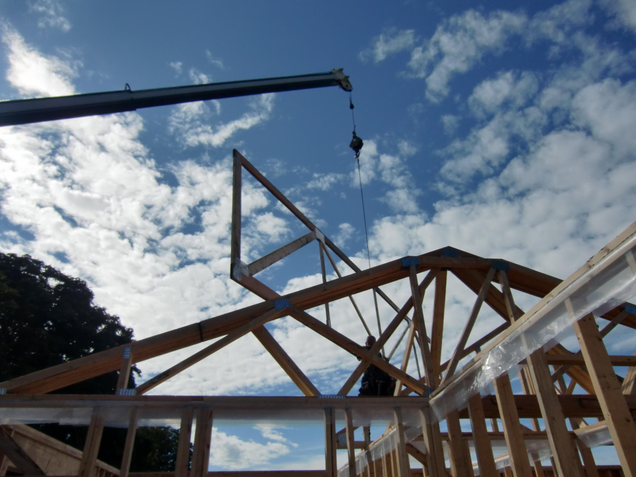 Construction Renovation Roof Struss Alma Vancouver